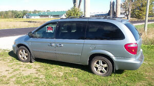 2005 Dodge Grand Caravan EXT Minivan, Van