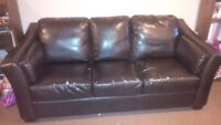 Leather Couch, good condtion