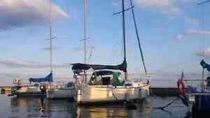 Aloha 28ft sailboat