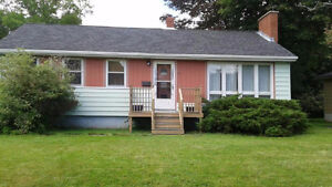 3 bedroom home available in Dartmouth