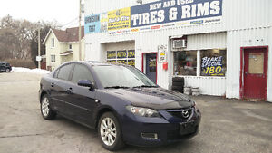 2009 Mazda 3 195,000km 5 speed ALLOYS/MP3 Safety/E-tested!