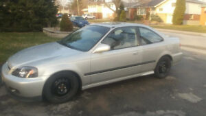 Clean 2000 Civic Si Up for Grabs