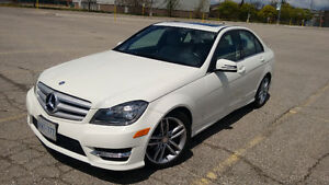 2012 Mercedes-Benz C 250 Sedan LOW MILEAGE