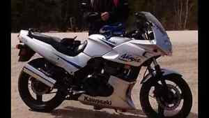 2004 Ninja Kawasaki 500 (lady driven)