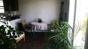 $500 RENT FOR OCTOBER! !! BANK VIEW! !