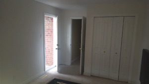 LARGE ROOM FOR RENT. KANATA NORTH $550 ALL INCL. PRVT BALCONY