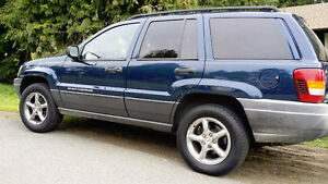 2002 Jeep Grand Cherokee LAREDO 4X4 CLEAN