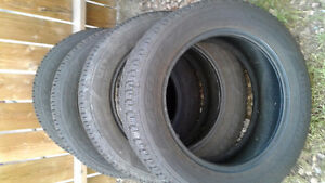 (4) Winter Tires 235 55 R 17