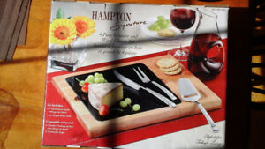 GRANITE & WOOD CHEESE SERVING SET, 4 pieces, Brand New.