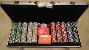 Poker set-New Cambridge Kitchener Area image 1