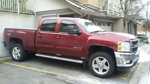 2013 Chevrolet Silverado 2500 Red Pickup Truck