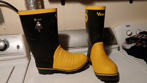 Brand New Mens size 10 work boots