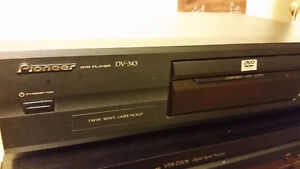 Pioneer D343 DVD Player Kitchener / Waterloo Kitchener Area image 1