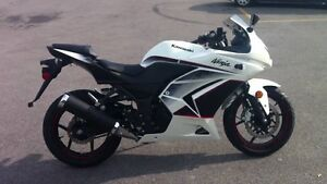 2011 Ninja 250R Special Edition MINT NEED GONE- REDUCED
