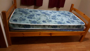Solid wood twin bed ( pick up in Mahone Bay)