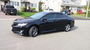 Low mileage 2013 Toyota Camry SE