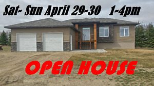 House for Sale in Hitchcock near Estevan built in 2015