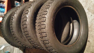 4 Firestone Winterforce 215 60 16 winter tires in excellent cond Cambridge Kitchener Area image 1