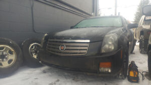 06 Cadillac cts runs active no issues other than damage