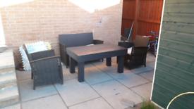 Garden table in Grey