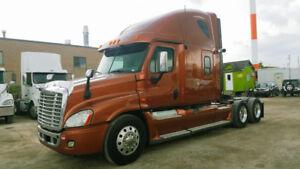 2013 freightliner Cascades DD15 505hp 13 speed auto good tire 1.