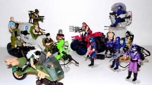 Wanted. GI Joe figures, vehicles, boxes, posters, parts, guns...
