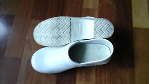 Dansko Women's Professional Leather Clog - White Size 7
