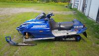 Motoneige Yamaha SRX et pièces