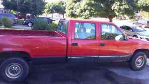 2000 Chevy 3500 ext cab and 8 foot box