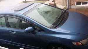 2010 honda civic s auto sedan. 117000 km, safety/ etest