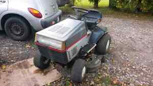 Craftsman 12/39 riding mower with extra deck