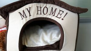 cat or small dog cozy house