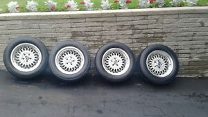 16 in 5x114 or 5x4.5 FORD OEM Lacey Spoke Mags Grand Marquis