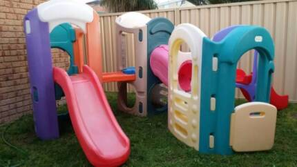 Little Tikes Playgym with 3 slides, Cubby house,Tunnel, waterpipe