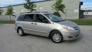 2005 Toyota Sienna, Only 137000 km, 3 years warranty available