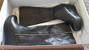 Brand new leather knee high boots - size 7