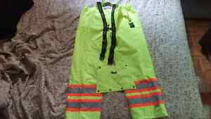 Insulated rain coveralls