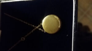 MICHEAL KORS  CHAIN AND PENDANT WITH CUBIC ZIRCONIA  DIAMONDS