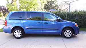 NEWLY REDUCED PRICE  2008 Dodge Caravan Minivan, Van