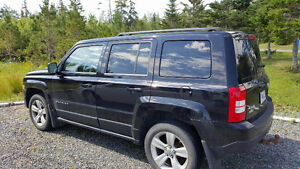 2012 Jeep Patriot North 4x4 manuelle + 2 sets de mags