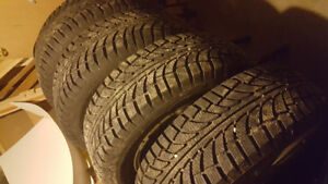 4 snow tire with rim