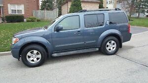2007 Nissan Pathfinder SUV, SE 4x4