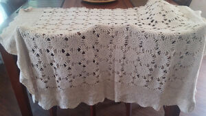 Antique Lace table cloth, runners and doiles