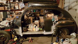 unfinished project - 1947 Ford 2 door - good engine