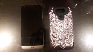 330$ LG G5/ 32go avec case