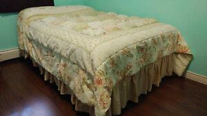 JC Penny Queen Comforter & Bed Skirt