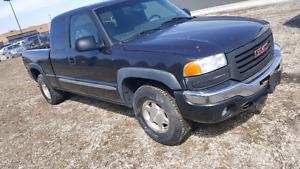 2004 GMC pickup  2500 obo