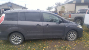 REDUCED - 2008 Mazda Mazda5 - LOW KMS