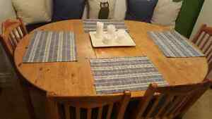 Solid pine kitchen table, leaf and chairs