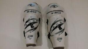 Hockey Shin Pads - Tacks - 13 inch